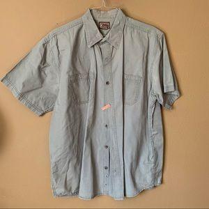 Casual button-down shirt. $20 - XL